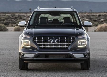 Hyundai Venue 2020 1600