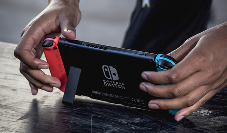 """El Switch """"barato"""" que prepara Nintendo será como un juguete, más resistente a caídas, portátil y podría sacrificar el modo TV"""