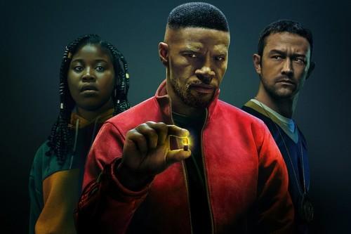 'Proyecto Power': una película de superhéroes para Netflix que no acierta a exprimir su potente premisa