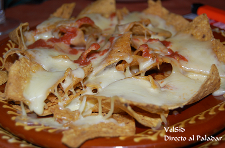 nachos_chorreados_hacienda_mexicana.png