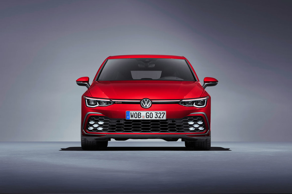 Nuevos Volkswagen Golf GTI, GTD y GTE: la emblemática gama de la firma alemana vuelve con más conectividad, versión híbrida enchufable y 245 CV