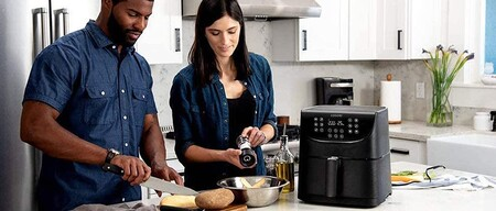 La freidora sin aceite con Wi-Fi para guiarnos en nuestras recetas más elaboradas está rebajada en Amazon por 135,99 euros