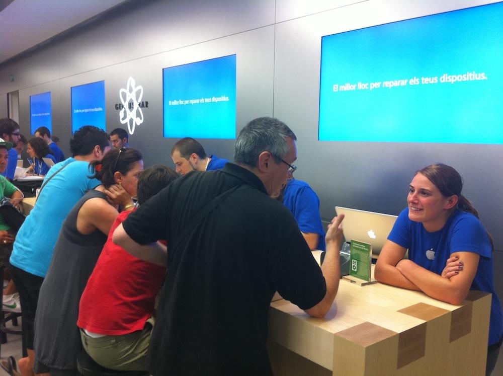 Inauguración Apple Store La Maquinista