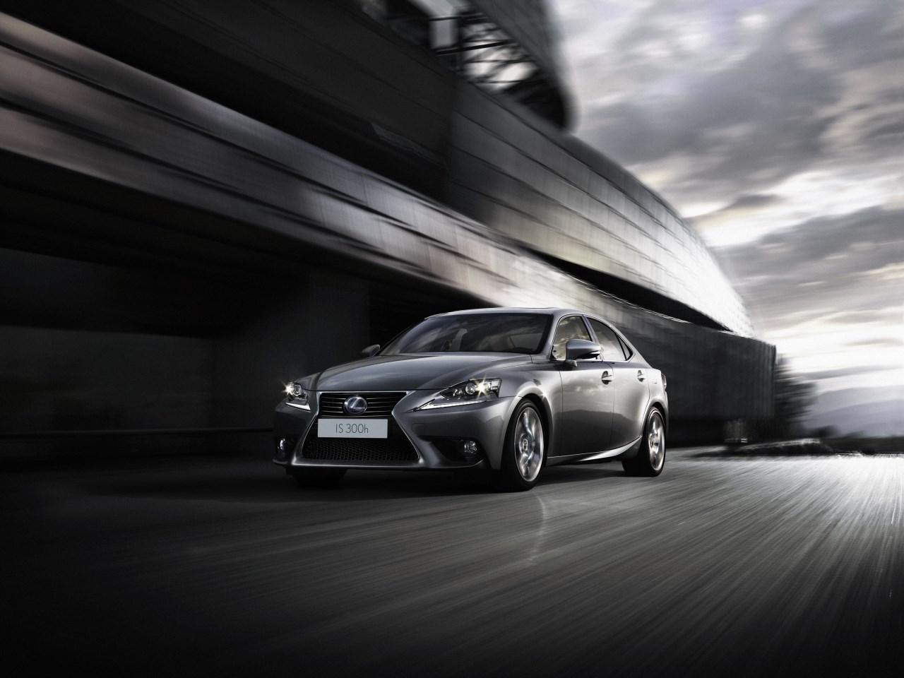Foto de Lexus IS 300h (45/53)