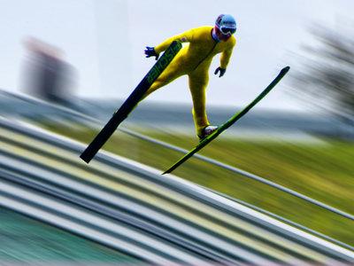 Acelerómetros e ingenería: la clave para unos saltos de esquí o snowboard mucho más seguros