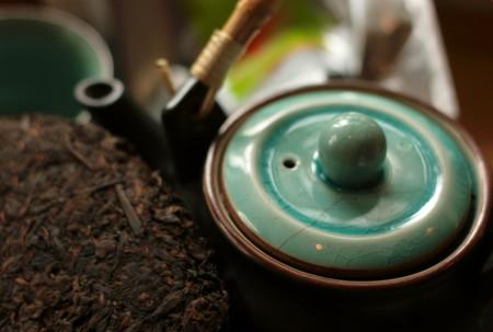 ¿Qué es el té Pu-erh? ¿Qué lo hace tan especial? y ¿Por qué los expertos están dispuestos a pagar tanto dinero por el?