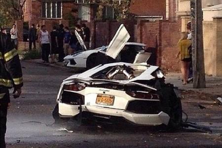 Dolorpasión™: Póngame cuarto y mitad de Lamborghini Aventador
