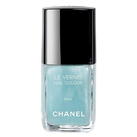 Chanel Vernis Riva, un azul pastel para estas Navidades