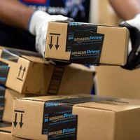 Los sindicatos de Amazon planean huelgas para Black Friday, Navidad y Reyes en la planta de Madrid