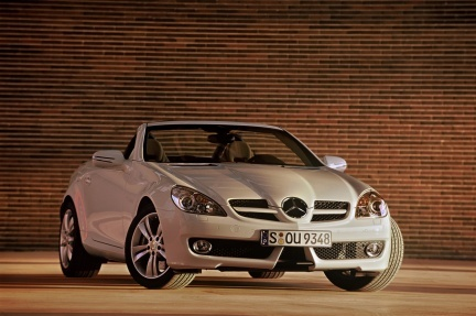 Mercedes Benz SLK, las fotos oficiales del restyling