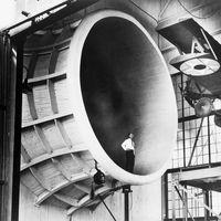 19 fotografías alucinantes sobre el pasado, el presente y el futuro de los túneles de viento