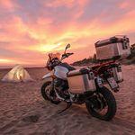 Cinco consejos útiles para poder disfrutar de la moto en verano y luchar contra el calor extremo
