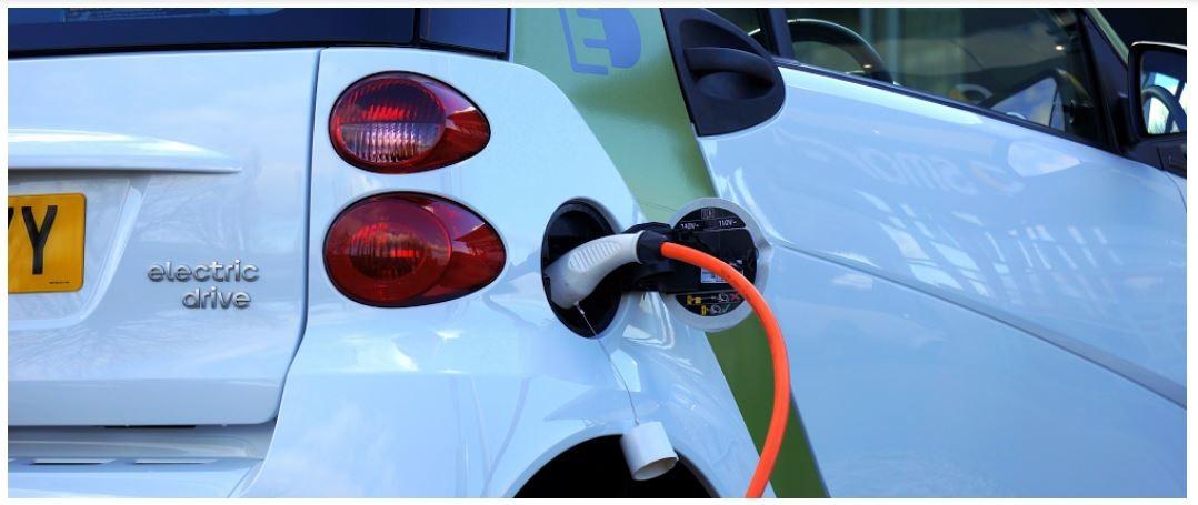 Google Maps muestra las estaciones de carga en tiempo real de vehículos eléctricos en EEUU y Reino Unido