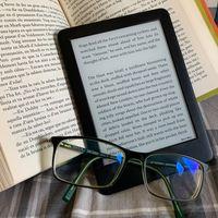Kindle y Paperwhite, los libros electrónicos que arrasan en Amazon, en oferta hoy: desde sólo 64,99 euros