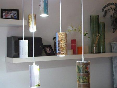 Hazlo tú mismo: lámparas con latas de bebida y revistas