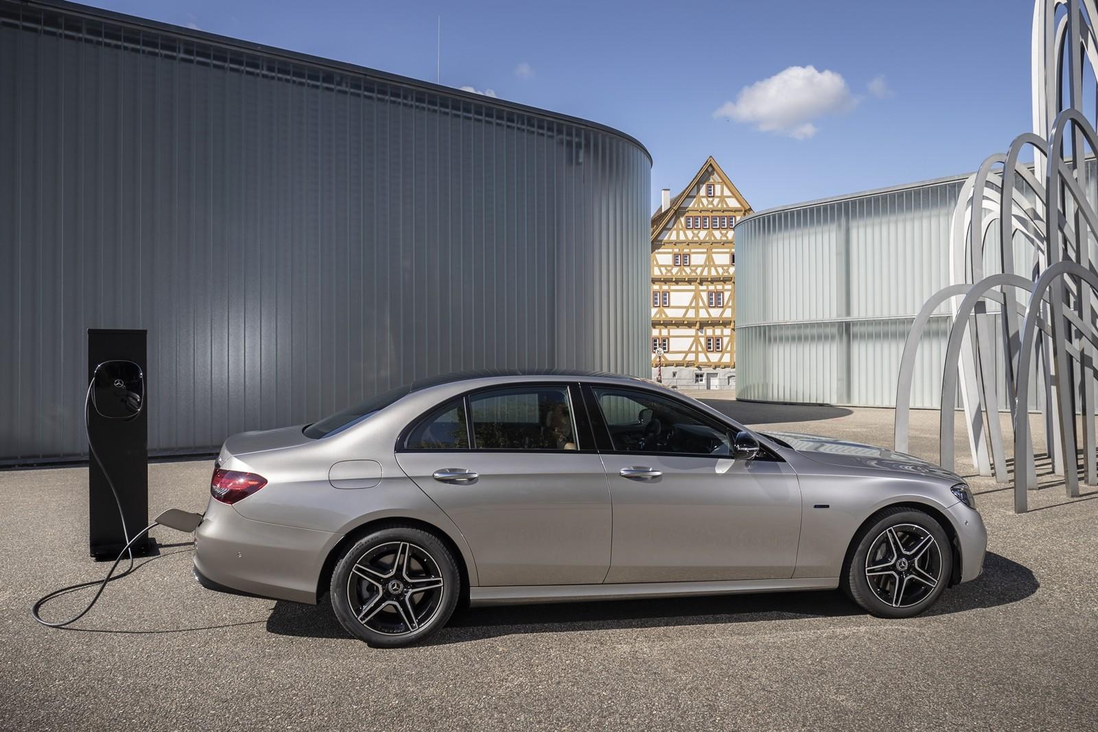 Foto de Mercedes-Benz Clase E 2020, prueba contacto (48/135)