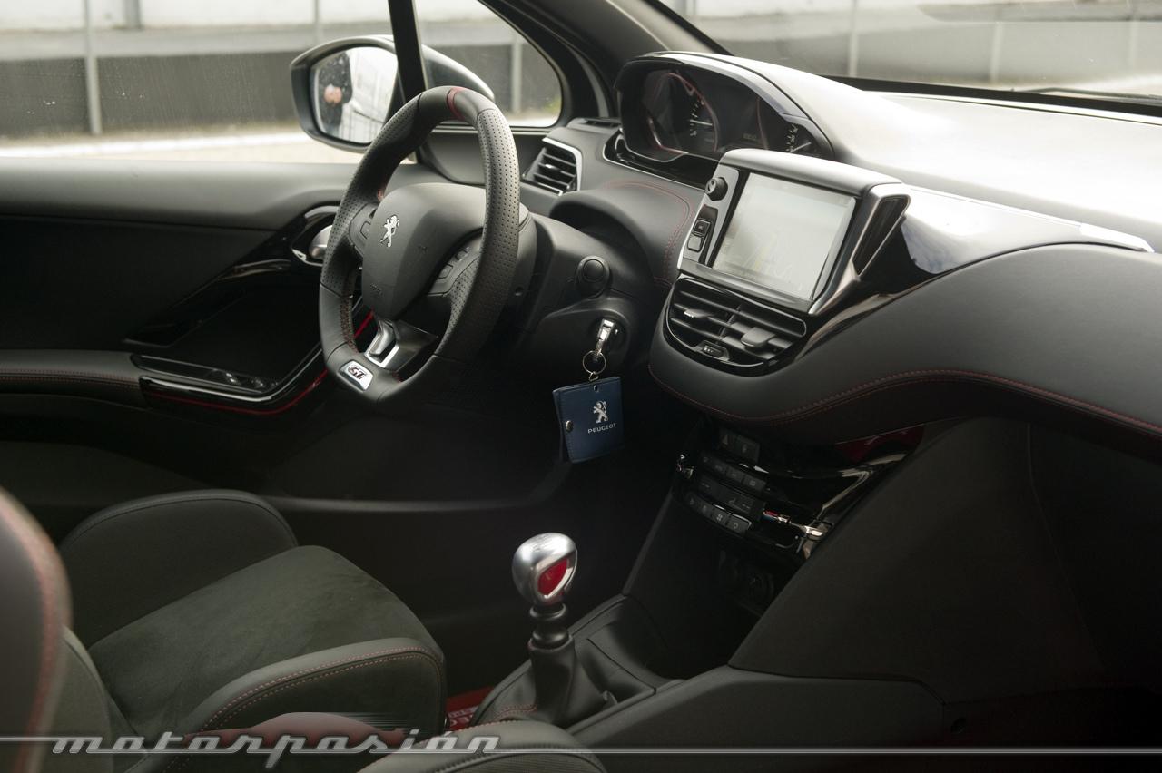Foto de Peugeot 208 GTi 30th, toma de contacto (15/23)