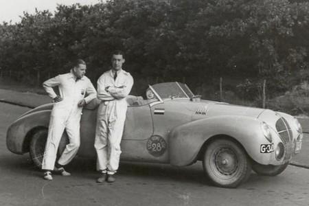 A la derecha Maurice Gatsonides