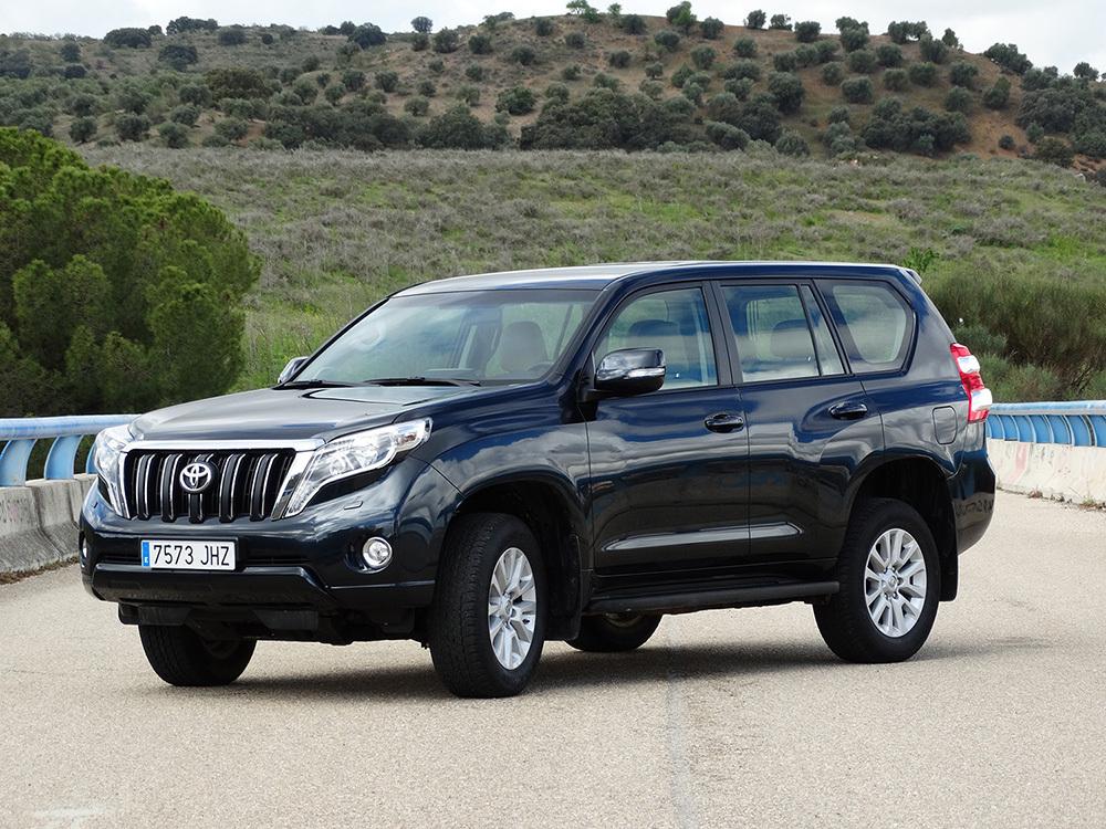 Exteriores Toyota Land Cruiser 180D Auto VX Kirari Plus ...
