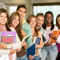 Recorte presupuestal destruye los sueños de estudiantes de posgrado en el extranjero