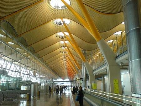 El aeropuerto de Madrid pasará a llamarse Aeropuerto Adolfo Suárez Madrid-Barajas