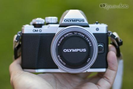 Olympus E M10mii