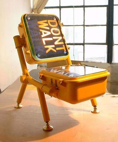La silla Don't walk! directamente desde NY