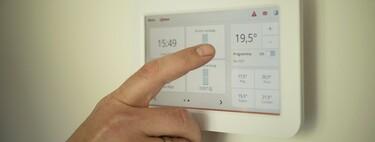 Si apostaste por calefacción eléctrica en casa, malas noticias: es muy probable que la bajada del IVA de la luz no sea para ti