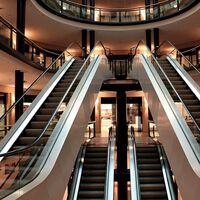 Los centros comerciales, en horas bajas: su afluencia ha bajado un 40% en 2020
