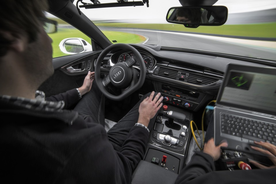 Foto de Audi RS 7 piloted driving concept (9/14)