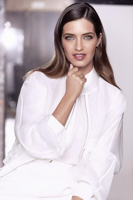 Sara Carbonero se convierte en la nueva embajadora de L'Oréal, ¡y nos encanta!