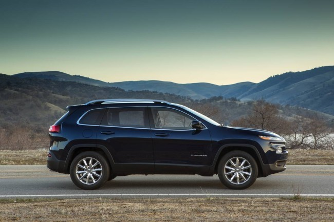 Lateral Jeep Cherokee