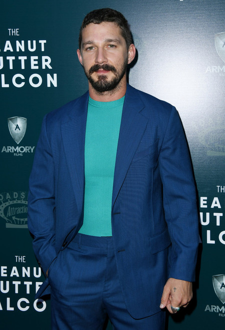 Shia Labeouf The Peanut Butter Falcon Red Carpet Style 03