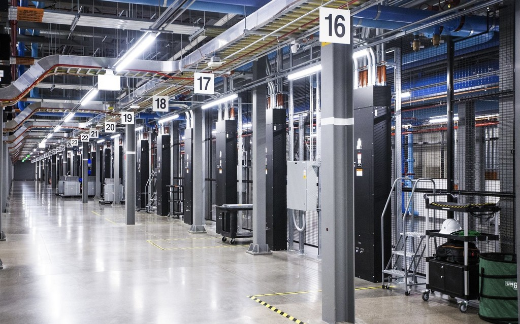 La nube es cara, Apple paga más de 30 millones de dólares al mes por usar los servidores de Amazon