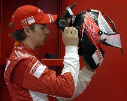 Kimi Raikkonen ya piensa en los rallyes