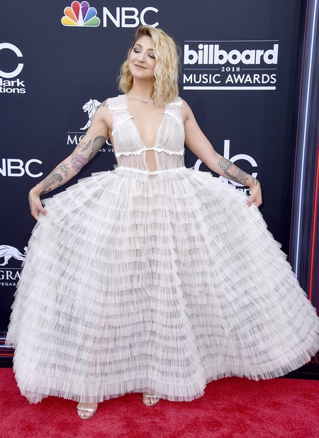billboard music awards Julia Michaels