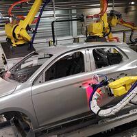 El Grupo PSA moderniza Opel Figueruelas, que en 2021 ya ensamblará las baterías del Corsa eléctrico