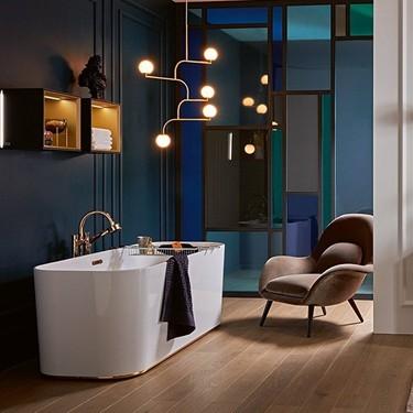 Desconecta de todo en el baño: 8 ideas para sacar a tu bañera el máximo partido durante