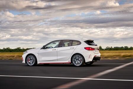 BMW 128ti lateral