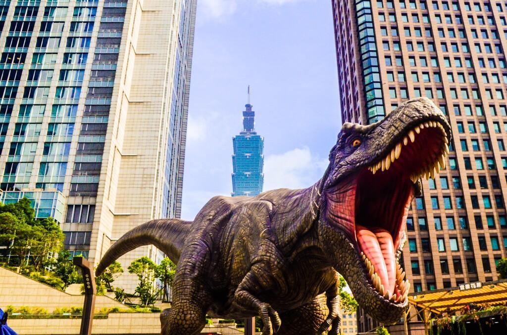 Llevamos décadas preguntándonos por qué había tan pocas especies de dinosaurios en el Mesozoico y acabamos de descubrir que la culpa la tuvo el Tyrannosaurus rex
