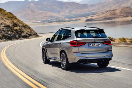 BMW X3 M 2020 dinámica trasera