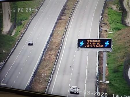 La Guardia Civil aclara: durante el estado de alarma por coronavirus solo se permiten desplazamientos individuales, tanto en coche como a pie