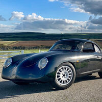 El WEVC Coupé es un deportivo eléctrico que quiere parecerse al Porsche 356 y ya puede reservarse
