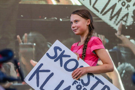 Greta Thunberg ya ha encontrado a una familia de youtubers que la traiga a España para la cumbre COP25