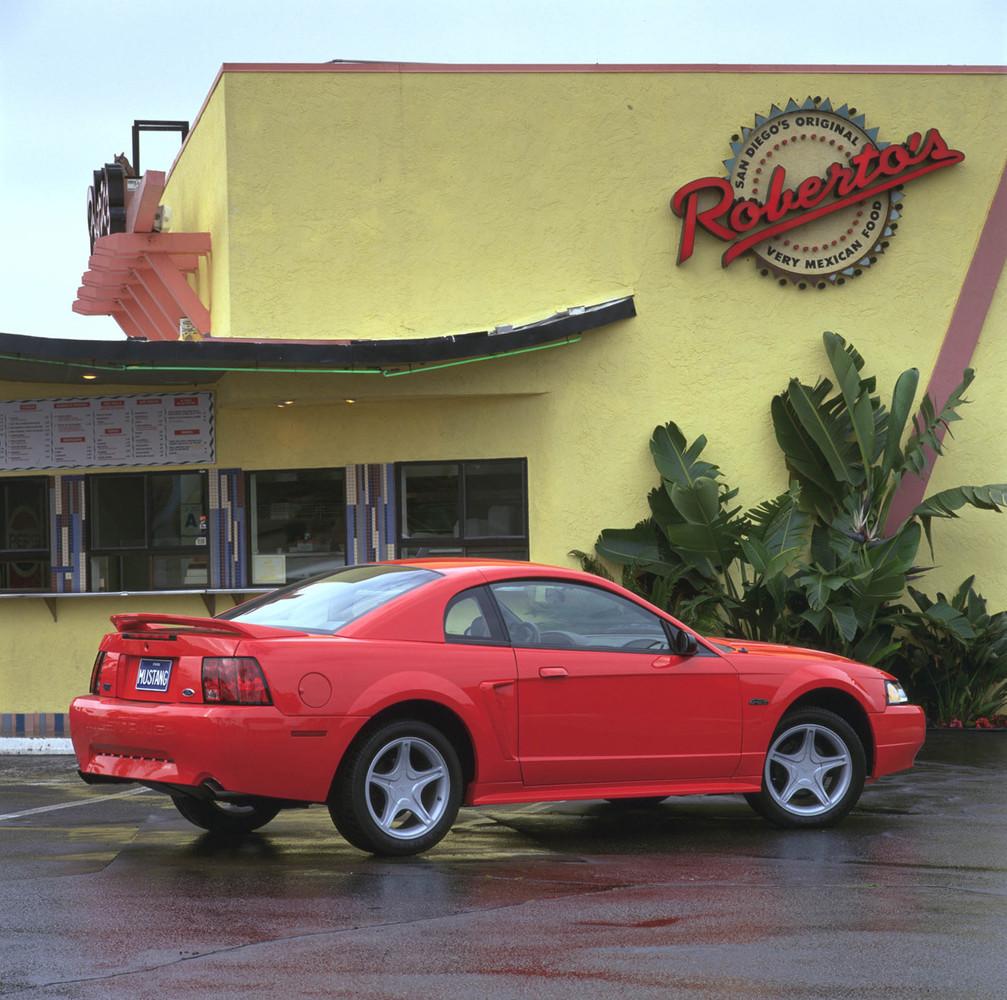 Ford Mustang Generaci 243 N 1994 2004 9 70