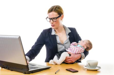 Todo lo que debes saber para alargar tu lactancia materna al volver al trabajo