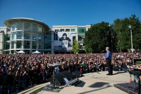 Imágenes del homenaje privado de Apple a Steve Jobs