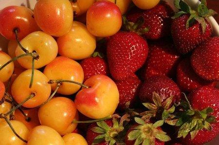 Deliciosas frutas de primavera