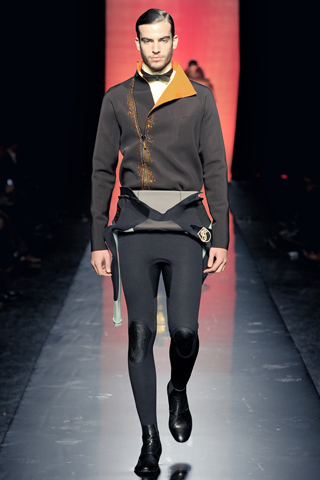 Foto de Jean Paul Gaultier Otoño-Invierno 2011/2012 en la Semana de la Moda de Paris (35/40)