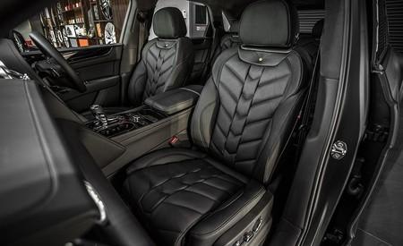 Bentley Bentayga Centenary Edition 11